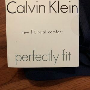 5a4915e7493 Calvin Klein Intimates   Sleepwear - CALVIN KLEIN PERFECTLY FIT FLIRTY BRA  34C BLUE